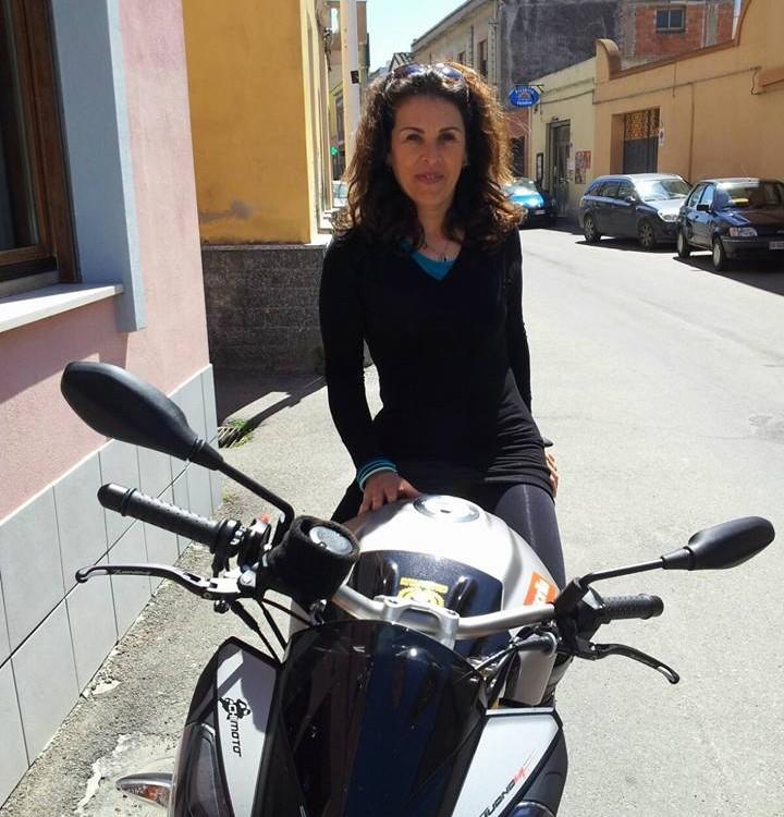 Alessandra_ragazze_in_moto