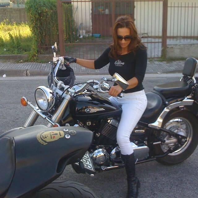 Cecilia_ragazze_in_moto