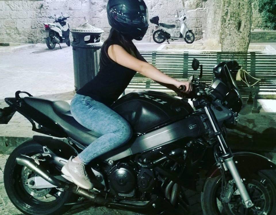 Miriana_ragazze_in_moto