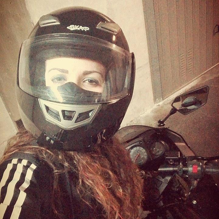 Gaia_ragazze_in_moto