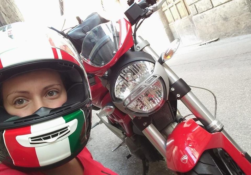 Giorgia_ragazze_in-moto