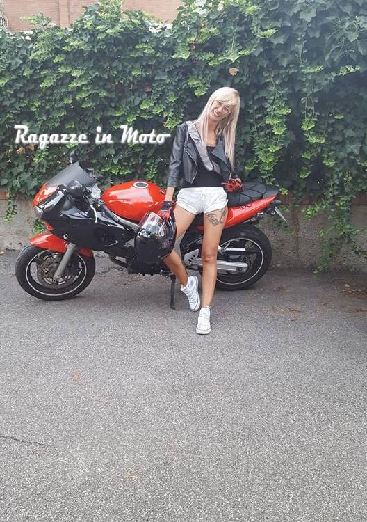 adryana_ragazze_in_moto