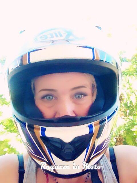 Ersy_ragazze_in-moto