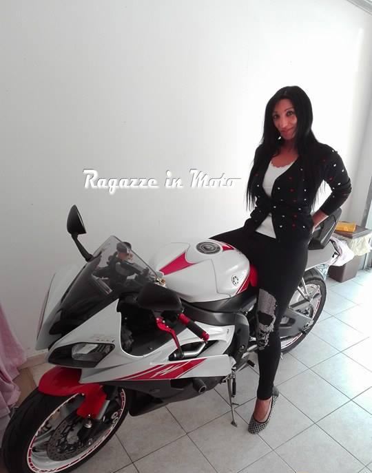 angela_ragazze_in_moto