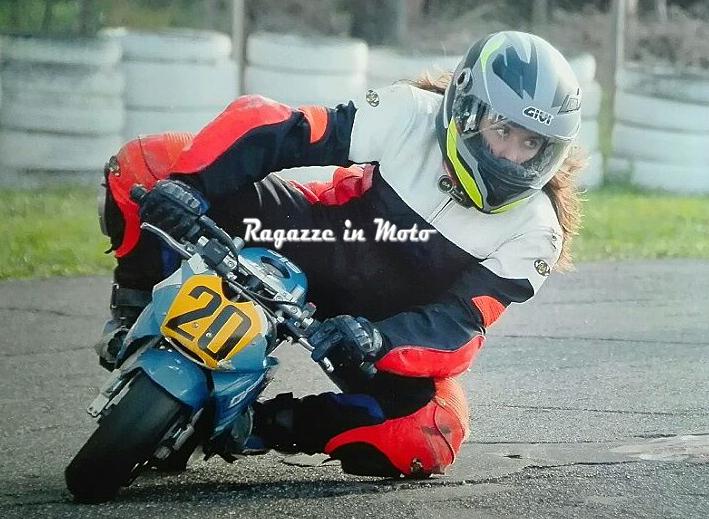 arianna_ragazze_in_moto