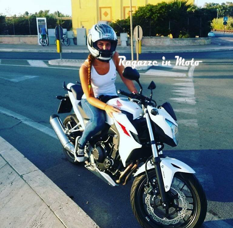 manuela_ragazze-in-moto