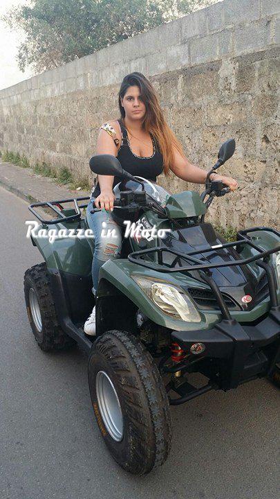 valentina_ragazze_in-moto