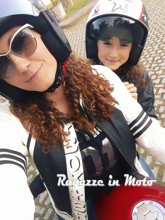 elisa_ragazze_in_moto