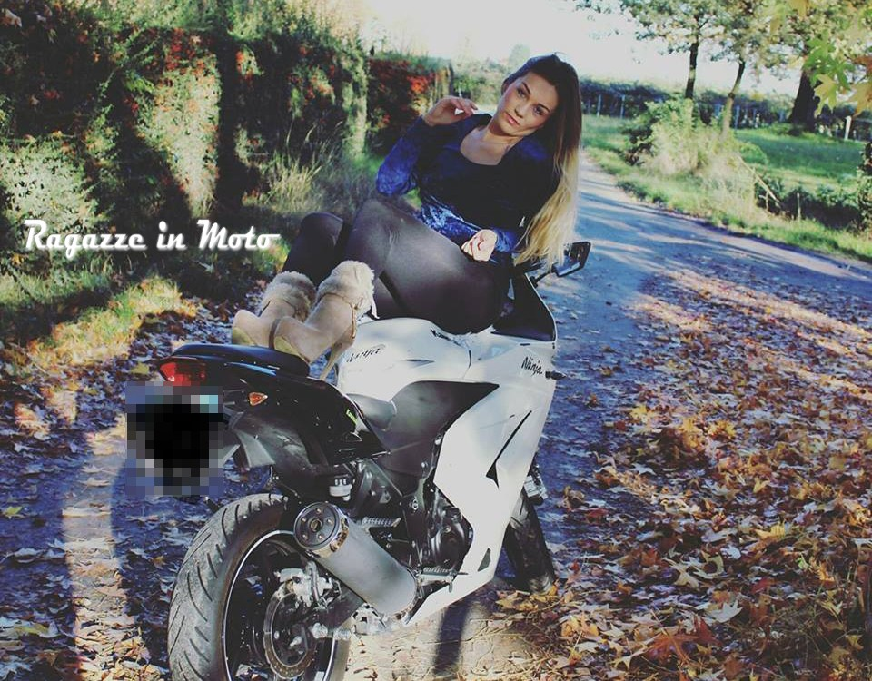 sonia_ragazze_in_moto