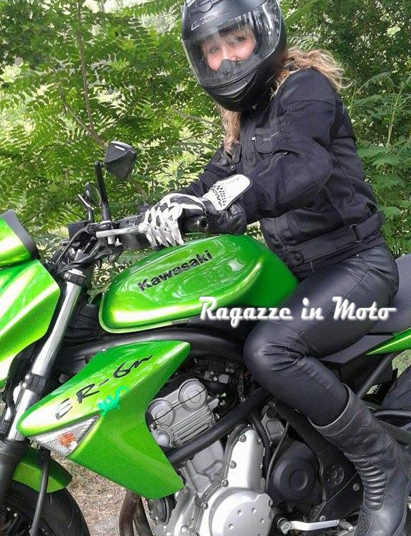 adryflora_ragazze_in_moto