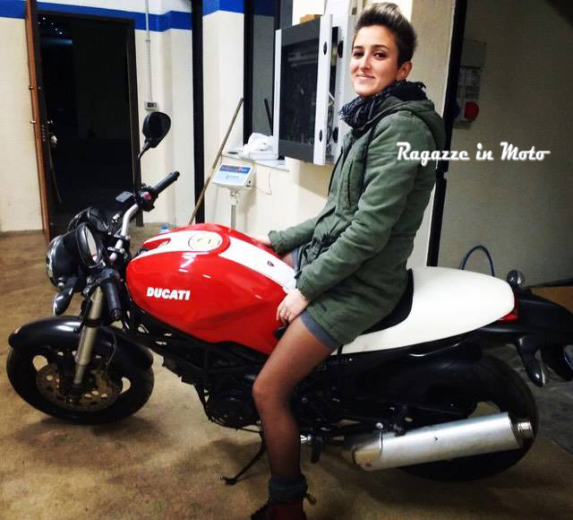 francesca_ragazze_in-moto