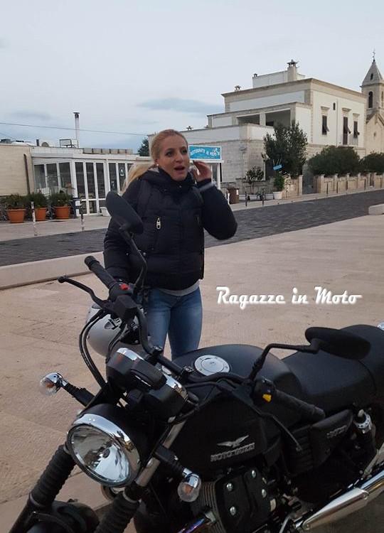 Valeria-ragazze_in-moto