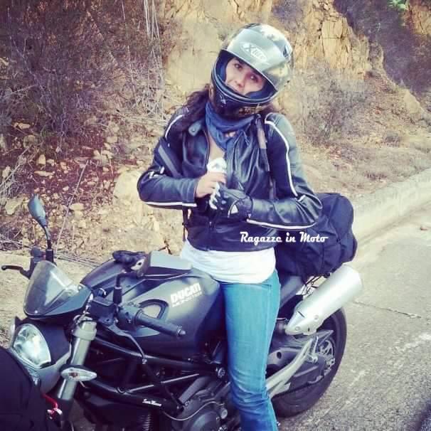 bruna_ragazze_in_moto