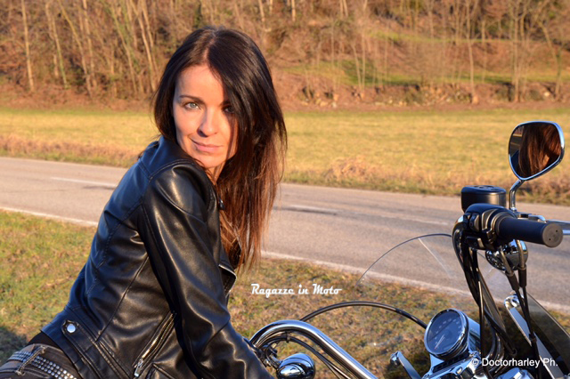 daniela_ragazze_in-moto-mail