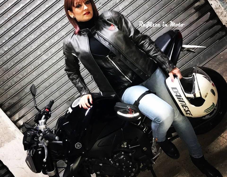 Graziella_ragazze-in-moto