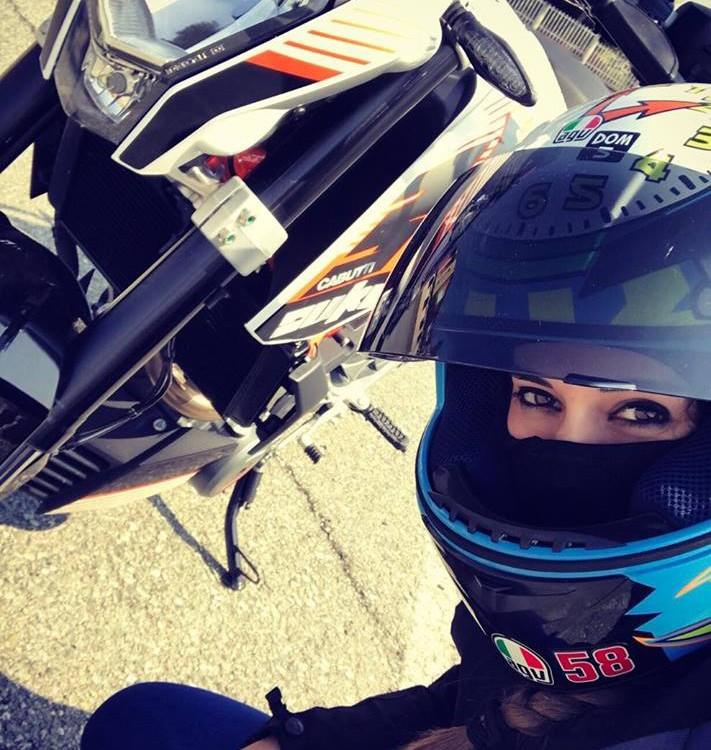 Marty_ragazze-in-moto