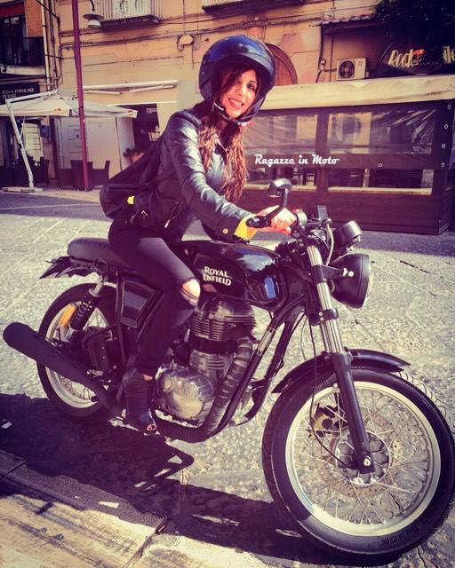 carmela_ragazze-in-moto