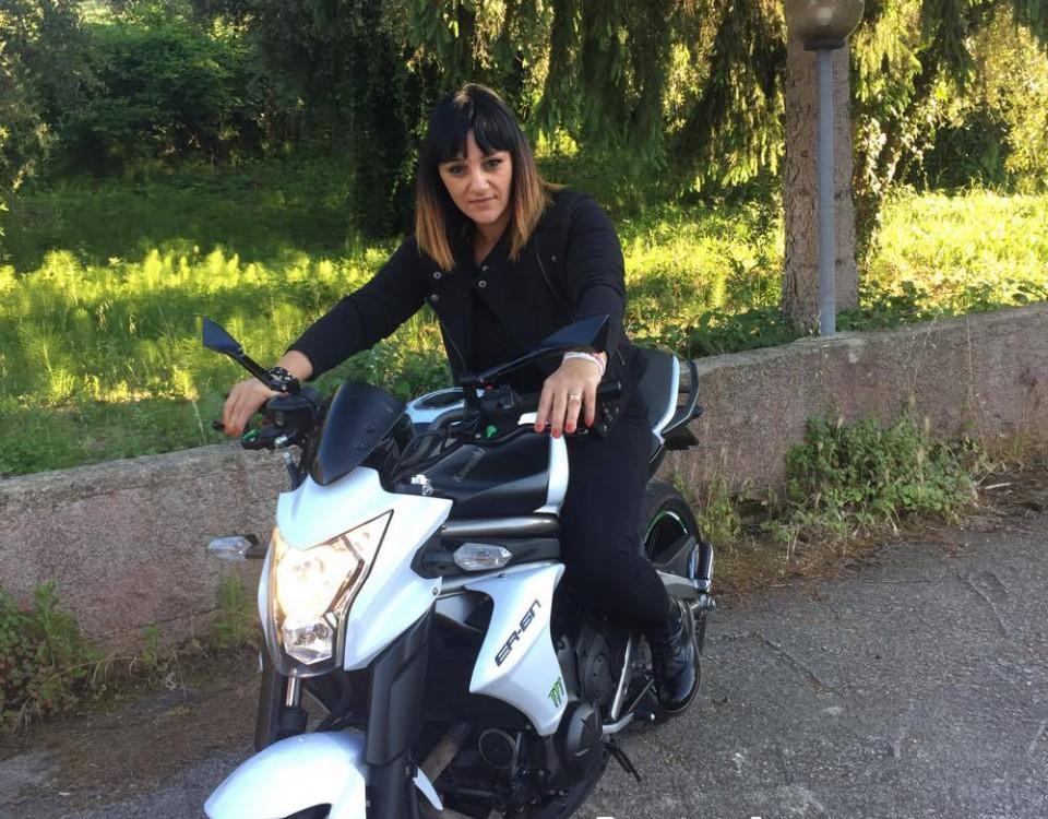 milena_ragazze_in-moto
