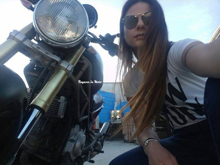 marianna_ragazze_in-moto