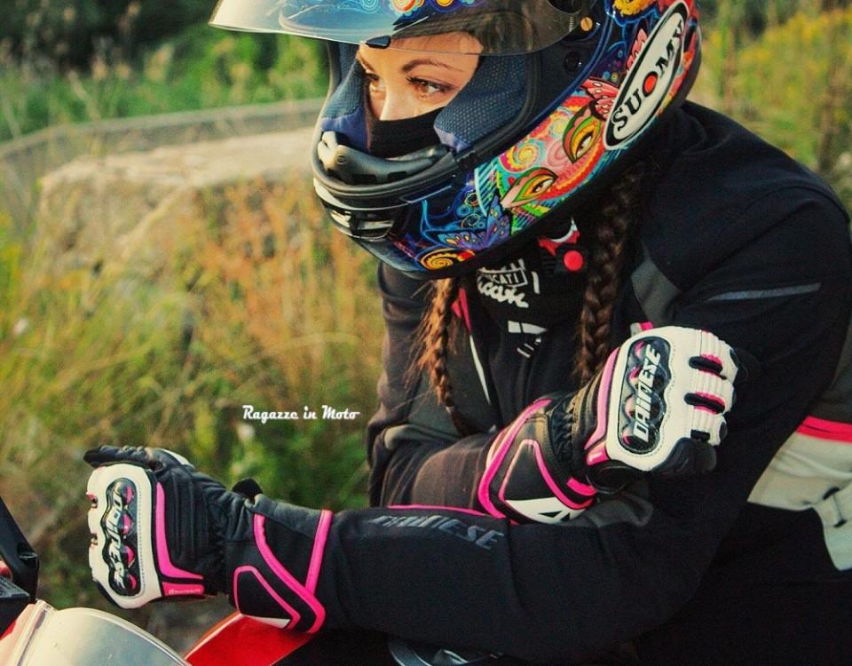 viviana_ragazze_in-moto