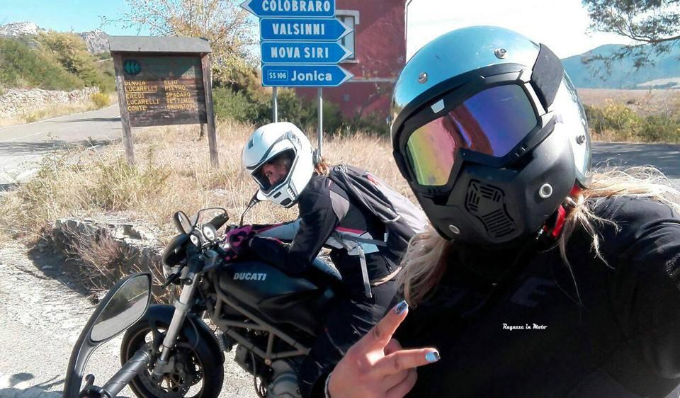 graziana_federica_ragazze-in_moto