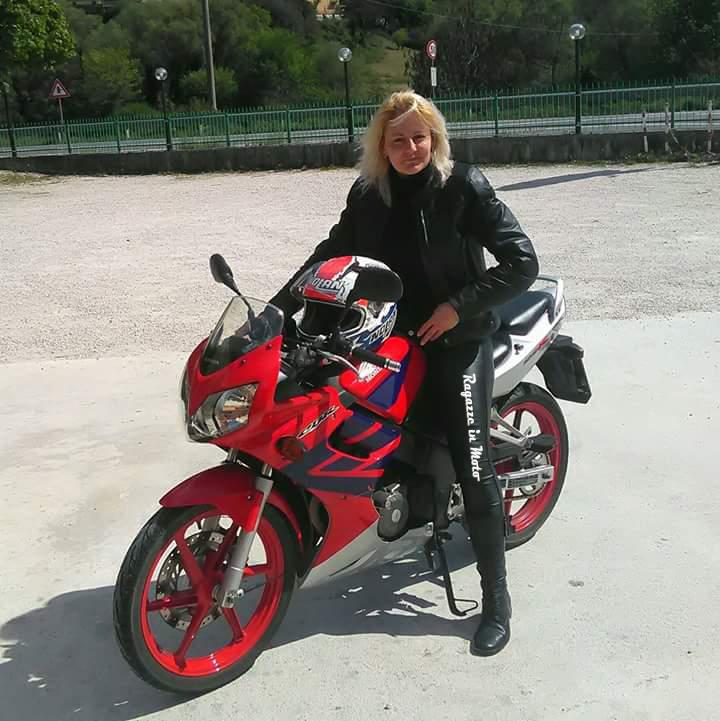 mariya_ragazze_in-moto