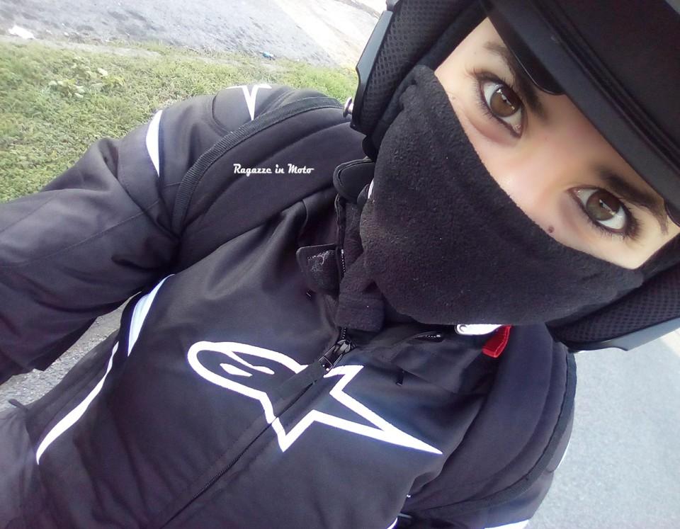 cassandra_ragazze_in_moto