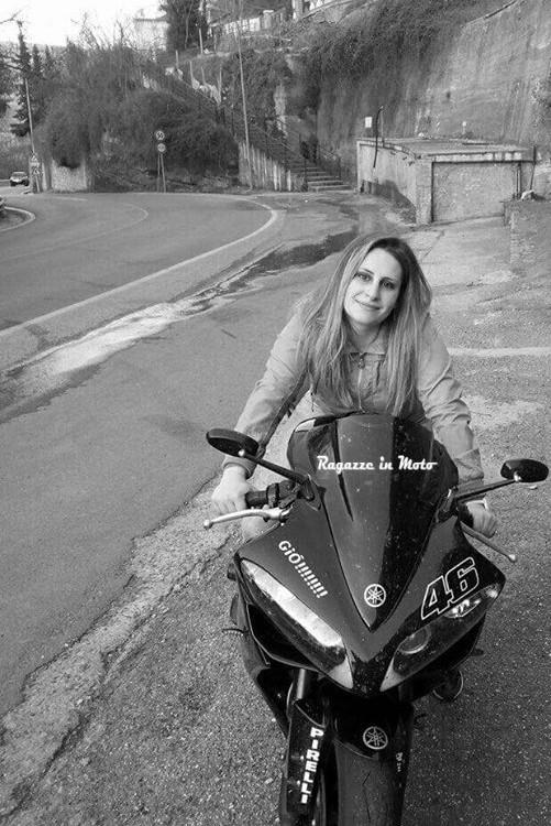 giulia_ragazze_in_moto