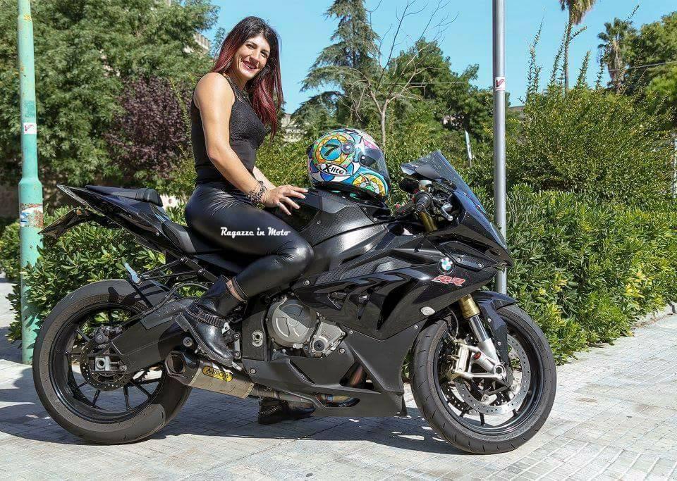 stefy_ragazze-in-moto