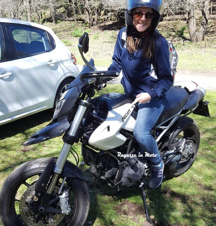 Valentina_ragazze-in-moto
