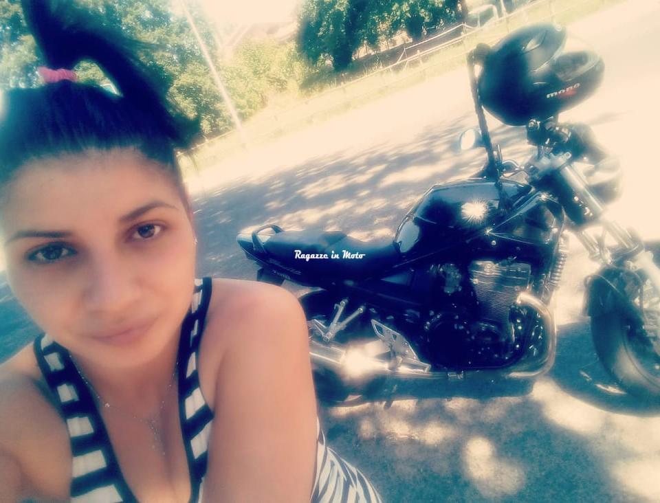 sabrina_ragazze_in_moto