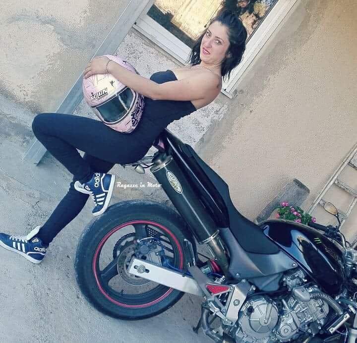 angelica_ragazze-in_moto