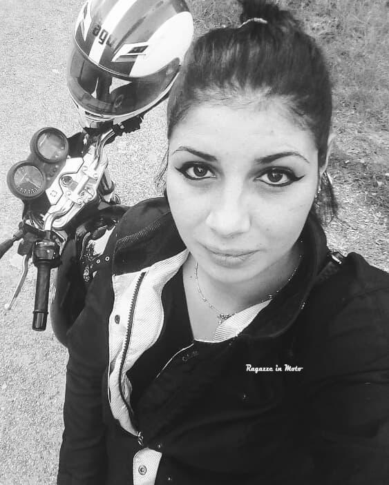 sabrina_ragazze_in-moto
