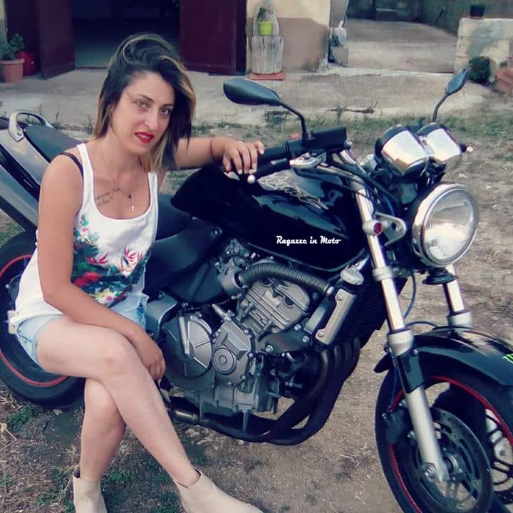 angelica_ragazze-in-moto
