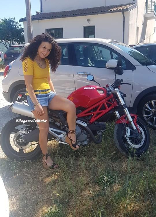 rosanna_ragazze_in-moto