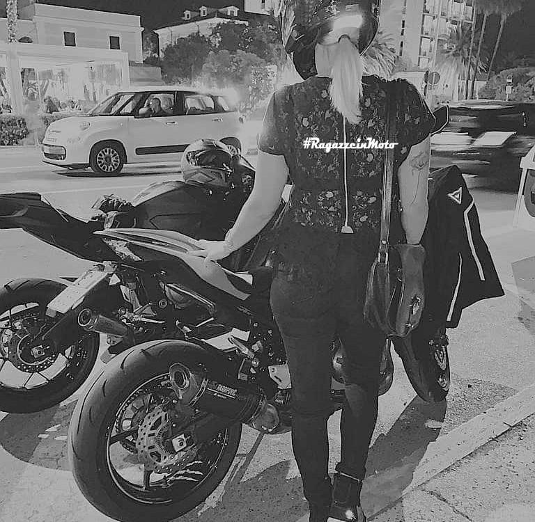 alice_ragazze_in_moto