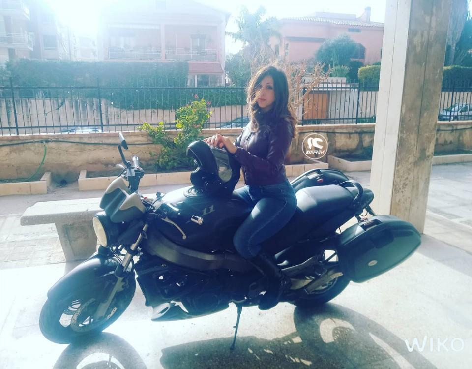 miriana_ragazze_in-moto