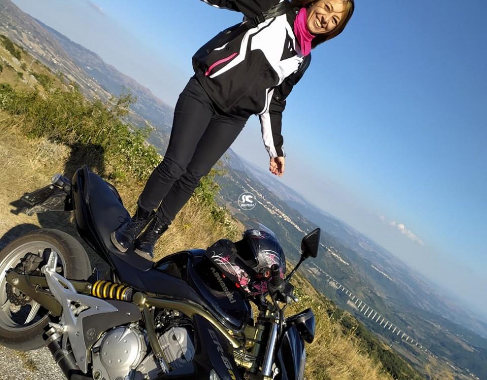 romina_ragazze_in-moto