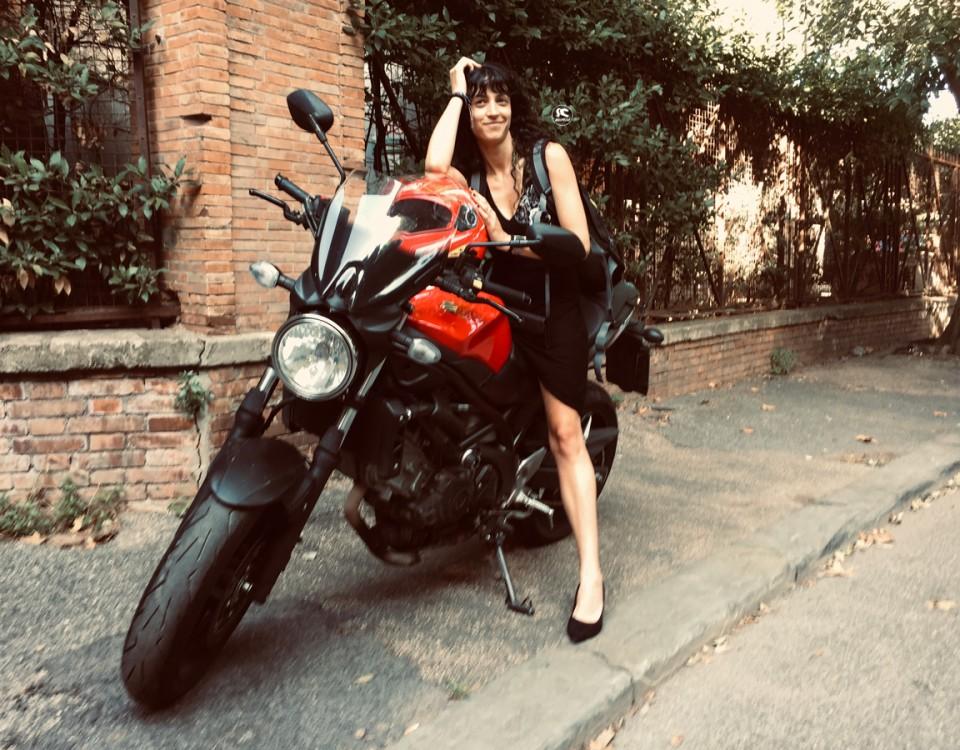 giulia_ragazze_in-moto