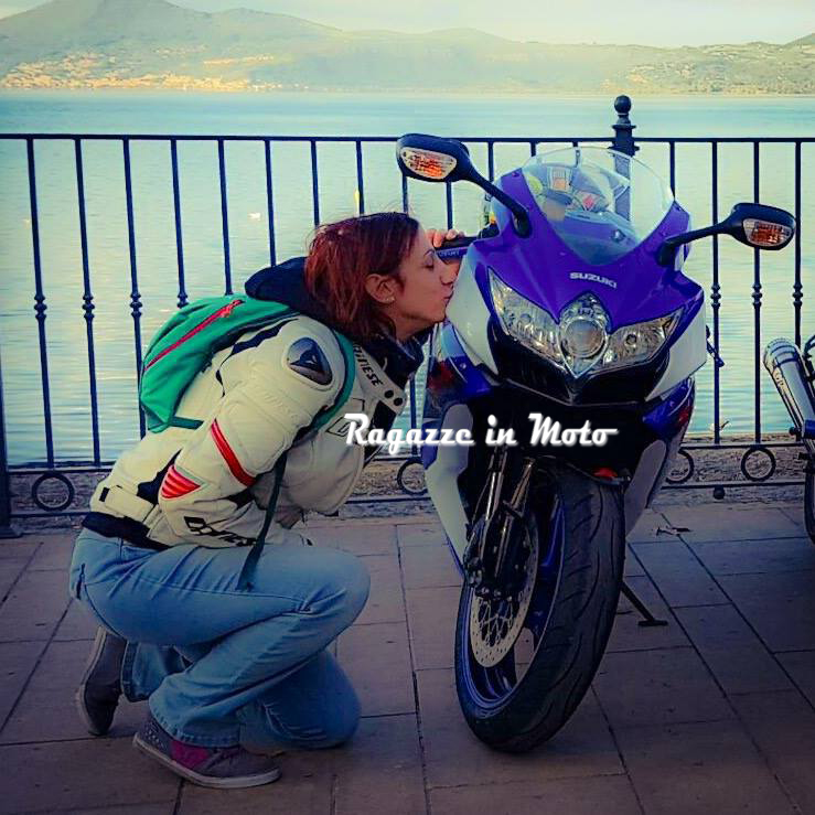 silvia__ragazze_in_moto