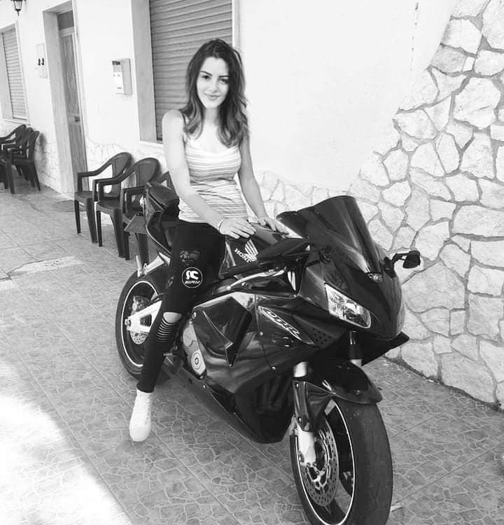 sara_ragazze_in_moto