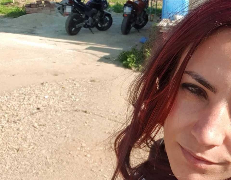 lucrezia_ragazze_in-moto